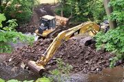 Caterpillar 953C and 360 Excavator in the River Don at Oughtibridge - geograph.org.uk - 840613