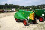 Oliver 66 Orchard tractor - img 2100-2172