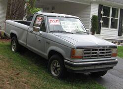 1990-Ford-Ranger-XLT