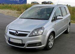 Opel Zafira B 20090713 front