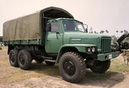 A 1980s DONGFENG EQ425 6X6 Armytruck