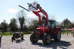 Massey Ferguson 5460 + 941 loader at TW-Ireland 2013 IMG 0750