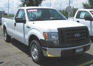 2009 Ford F-150 XLT regular cab