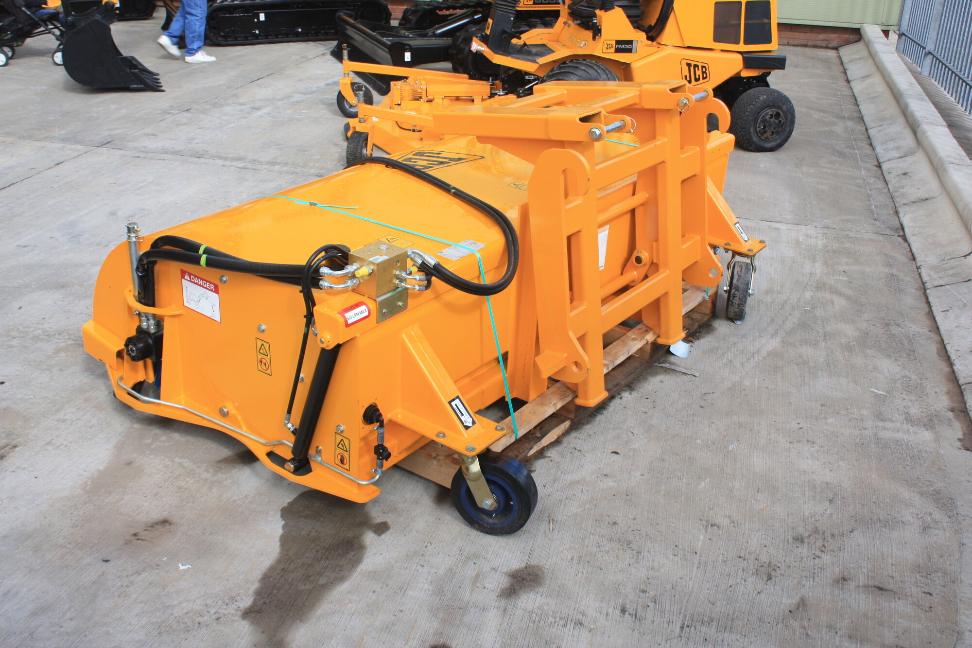 Sweeper Brush Tractor Amp Construction Plant Wiki Fandom