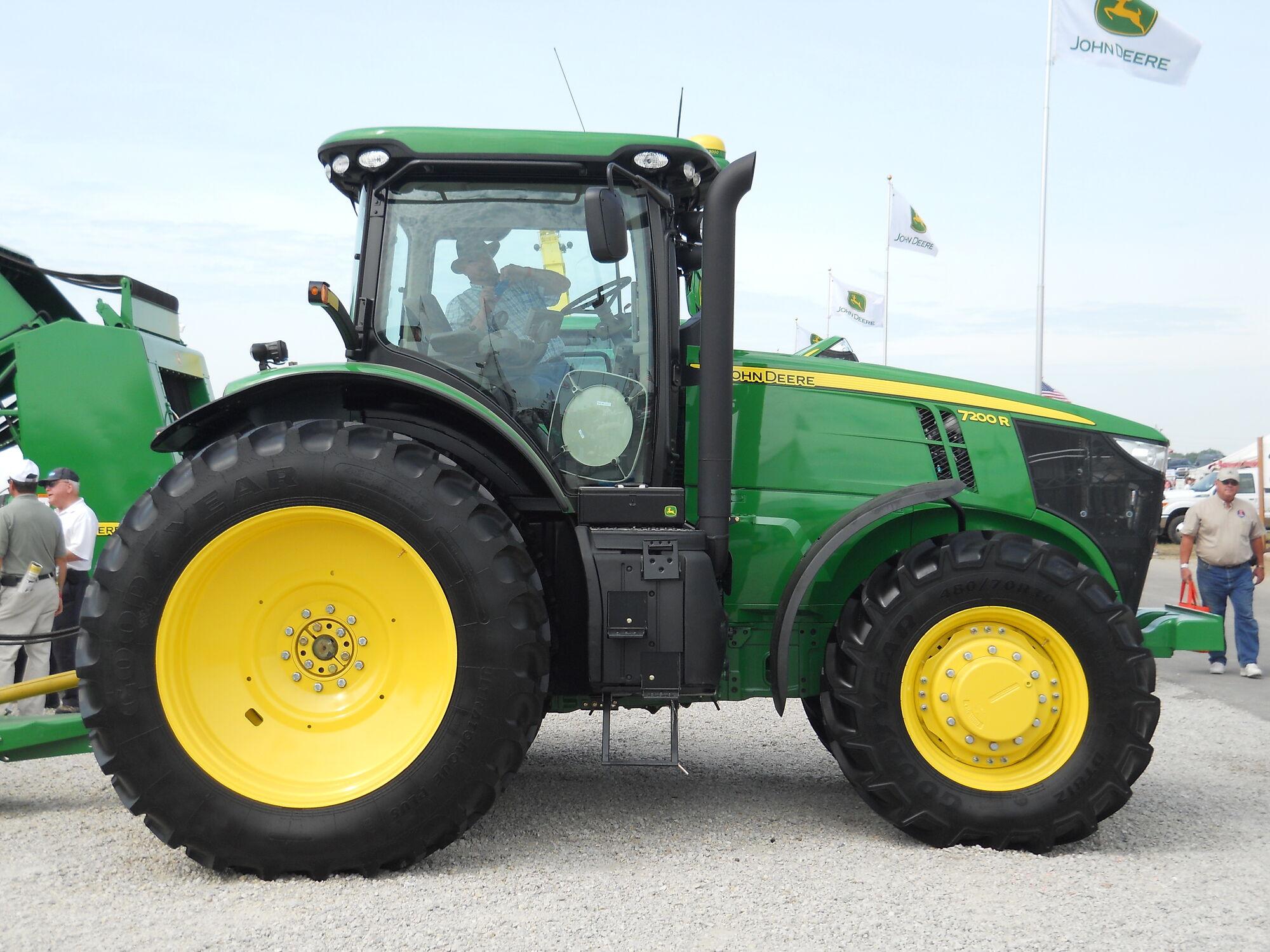 John Deere 7200 R   Tractor & Construction Plant Wiki