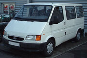 Ford Transit front 20020526