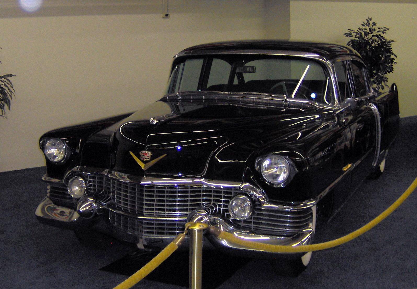 Cadillac Fleetwood Tractor Construction Plant Wiki Fandom 1954 Sedan Deville