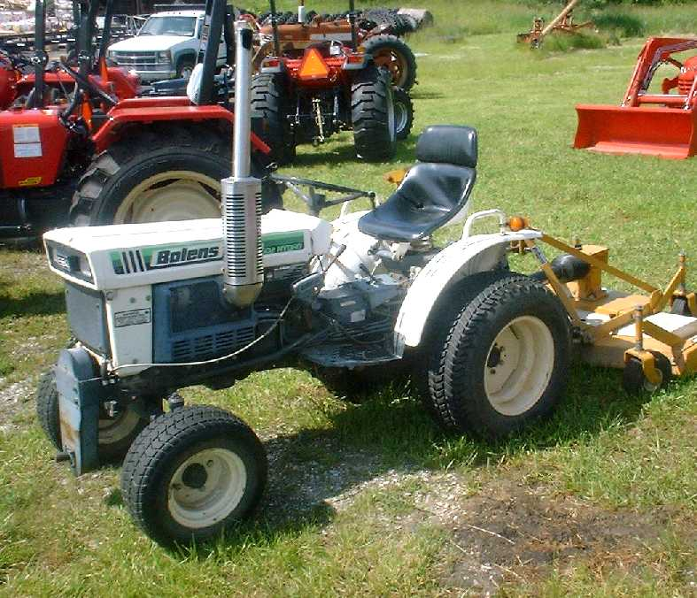 bolens 1502 hydro tractor construction plant wiki fandom rh tractors wikia com Lawn Tractors Bolens Lawn Tractor