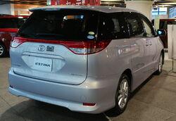 2008 Toyota Estima 02