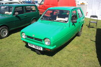 Reliant Robin - RHY 969S at Wollaton park 2011 - IMG 0767