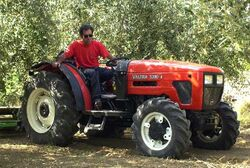 Valtra 3300-4 MFWD (red) - 2003