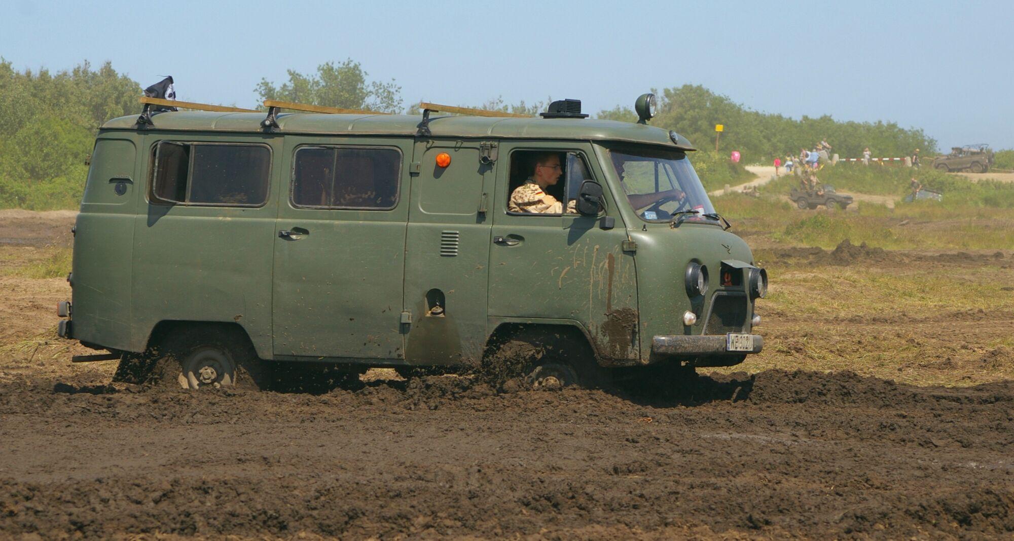 UAZ truck tractor 60