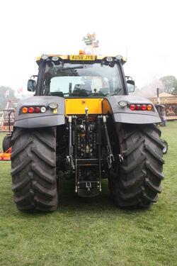 JCB 7200 Fastrac (rear) Strumpshaw 09 - IMG 0416