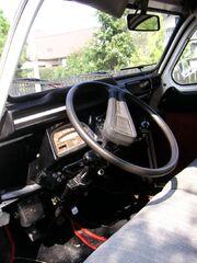 2CV Dolly cockpit