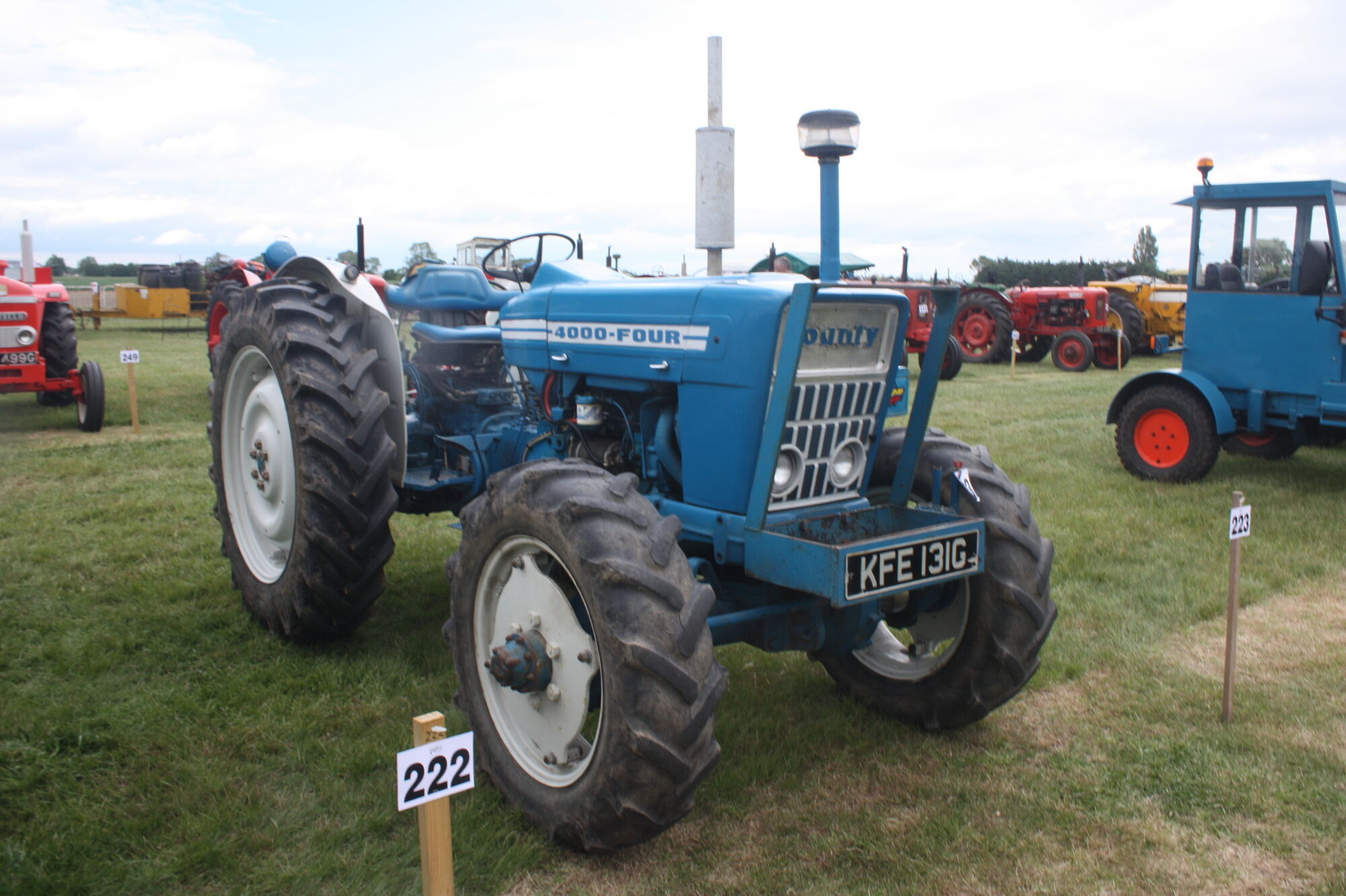 Ford 4000 Plow : County four tractor construction plant wiki