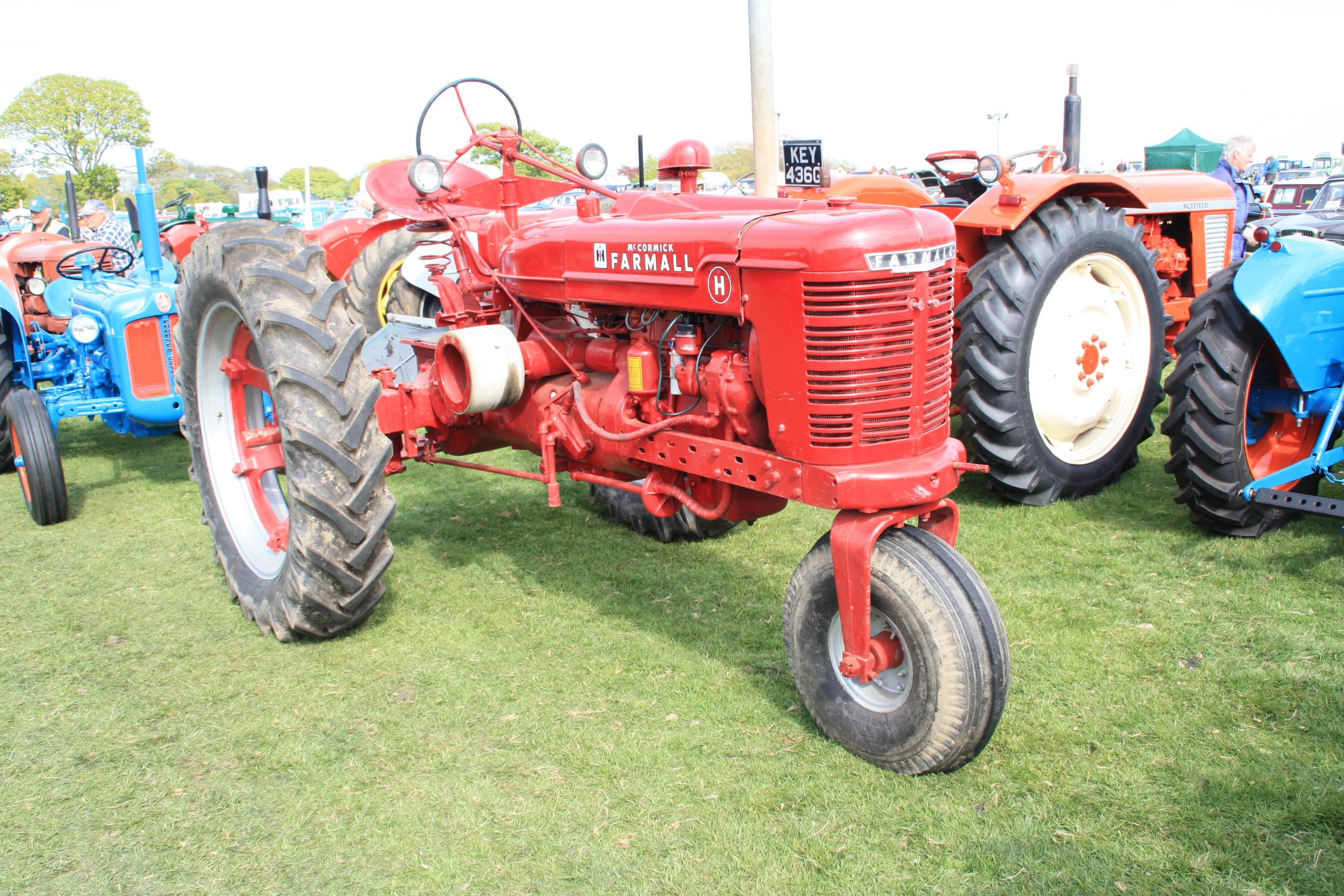 International Farmall M Tractor Parts Wiring Diagram H Construction Plant Wiki Fandom Powered By Wikia Rh Tractors Com