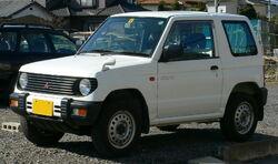 1994 Mitsubishi Pajero-Mini 01