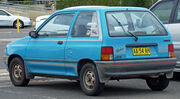1988-1989 Mazda 121 (DA) Shades 3-door hatchback 03.jpg