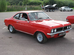 Vauxhall firenza rover v8 (1)