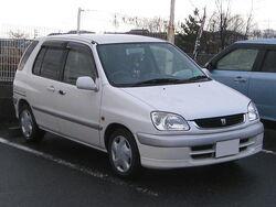 Toyota-raum-z10kouki-front