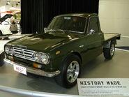 1965 Isuzu Wasp (KR20) cab chassis (2010-10-16) 02