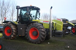 Claas Xerion 3300 reversible tractor - IMG 4726