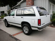 1994ChevroletBlazer-rear