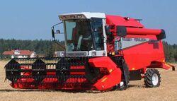 MF 2065 combine (Sampo) - 2003