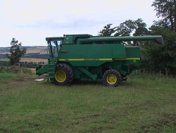 Combine harvester without cutter attachment - geograph.org.uk - 908905