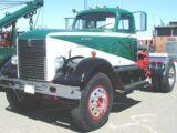 International D-405 Truck