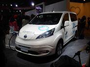 Osaka Motor Show 2013 (11) Nissan e-NV200 (M20)