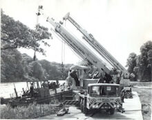 VICKERS-AWD Smith LT-40 Cranetruck