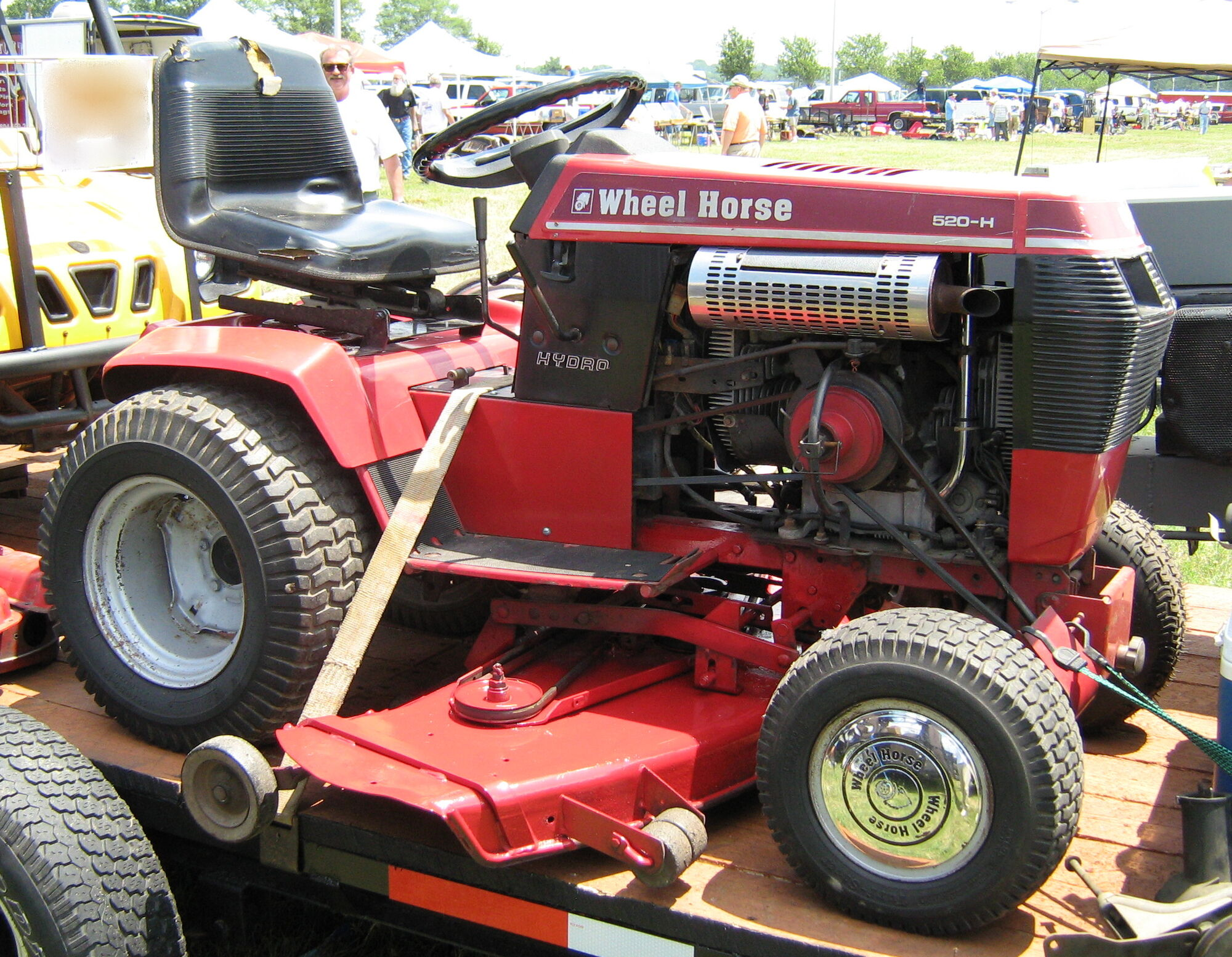 Wheel Horse Tractors Tractor Amp Construction Plant Wiki