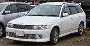 Nissan Wingroad Y11 011