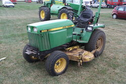 John Deere 855 tractor and Mower - IMG 3574