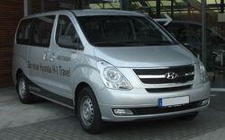 Hyundai H1 front