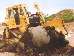 Hindustan D6H crawler-2001