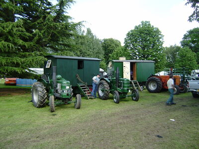 Marshall tractor club display at Newby 08 - P6080170