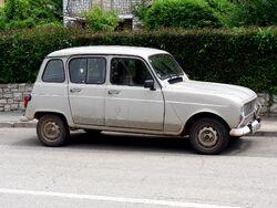 Renault-4-pula-P1050516