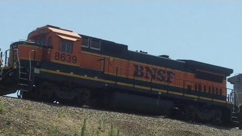 BNSF 5407 GALLAW w BNSF 8639 (B40-8)