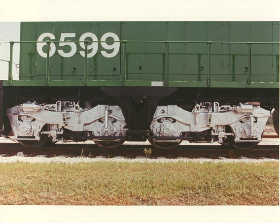 File:BN 6599 SDP45 Close-up.jpg