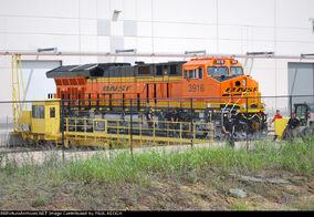 BNSF 3916 ET44C4 (ES44C4 Tier 4)