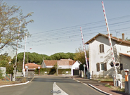 French 4-Quadrant Gate Crossing on Avenue Victor Hugo, Merignac, Nouvelle Aquitaine, France