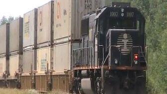 CN Train Spotting RARE!!! CN 2293 IC 1005 & DPU IC 1007 Leads CN 111 West 7 10 7 10 12