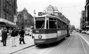 Gerhart-Hauptmann-Platz lijn12 V6E