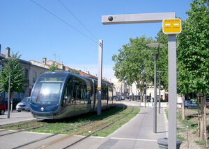 Bordeaux-aps-overhead-wire-transition