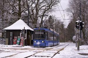 Ludwig-Thoma-Straße lijn25 R22