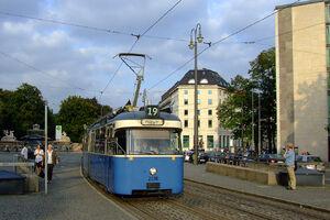 Lenbachplatz lijn19 P316