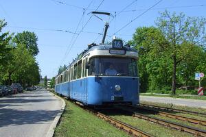 Kriemhildenstraße lijn16 P316