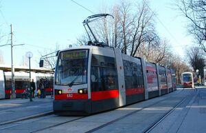 ULF B Lijn 2 Wenen Schottenring